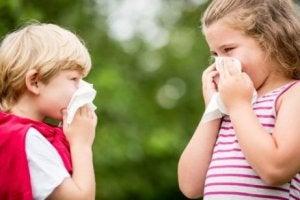 수영장 염소 성분은 호흡기 알레르기를 유발할 수 있다