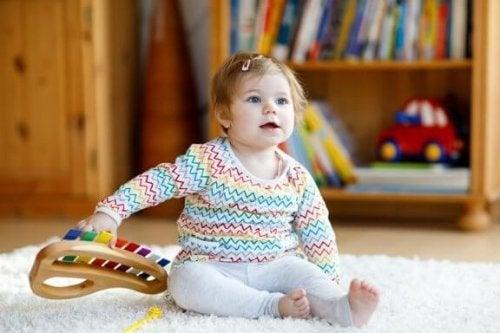 음악 장난감은 왜 아이들에게 좋을까?