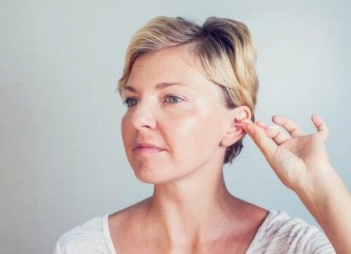 귀를 깨끗하게 관리해야 하는 이유