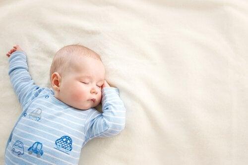 아이들을 위한 5가지 유형의 일반적인 잠옷