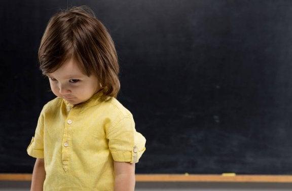 부끄러움이 많은 아이의 성격을 바꾸는 방법