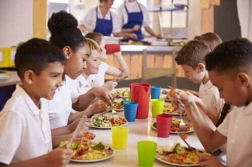 학교 식당은 어떤 요건을 충족해야 할까?