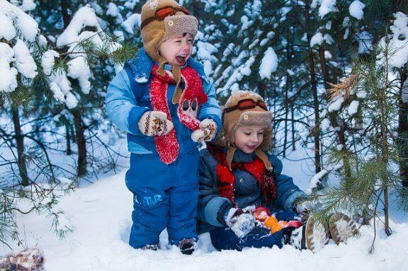 눈이 올 때 가족이 함께 즐길 수 있는 놀이 10가지