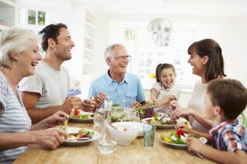 가족들에게 사랑을 표현하는 7가지 방법