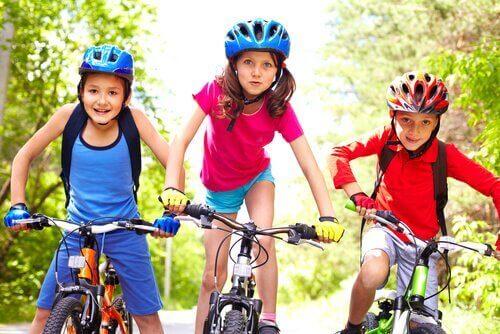 아이들의 좌식 생활 습관을 예방하는 방법