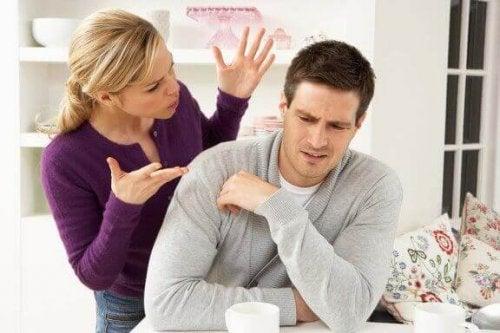 관계에서 충돌을 잘 해결하기 위한 비결