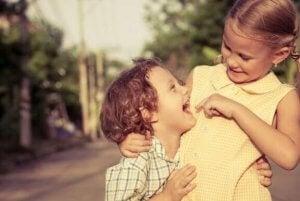 형제자매는 어린이의 사회성에 어떤 영향을 미칠까?