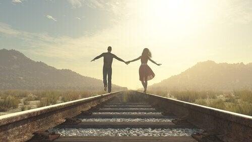 관계에서 헌신의 중요성