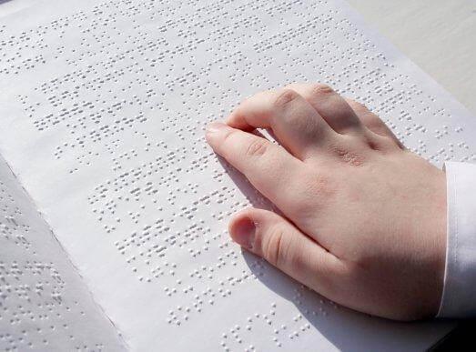 시각 장애를 가진 아동의 수업 활동