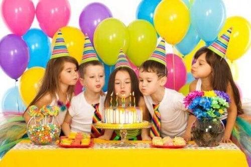 아이의 생일 파티 때 할 수 있는 쉬운 게임