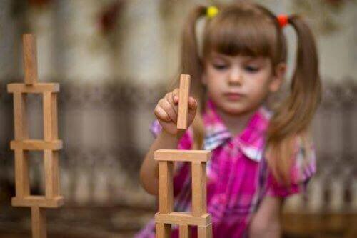 자폐증을 앓는 아이의 상징 놀이
