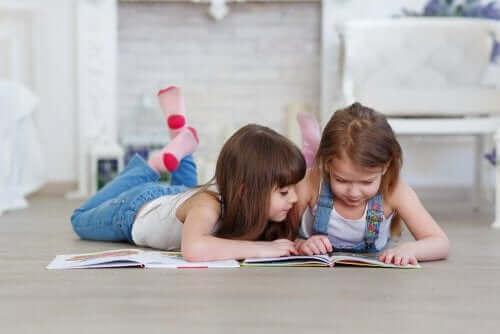 자녀가 독서를 시작하도록 돕는 방법