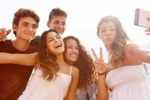 청소년에 관한 고정관념과 편견