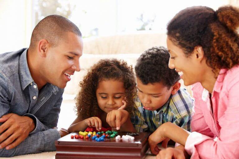 코로나바이러스로 인한 격리 중 아이들을 위한 활동