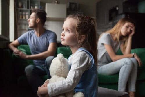 아이를 생각해서 결혼 생활을 유지해야 할까?