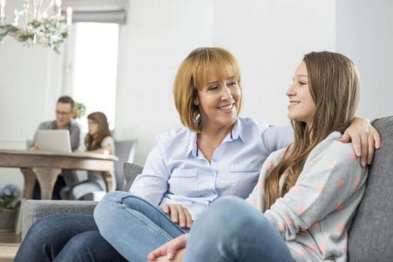 사춘기 청소년과의 의사소통은 정말 불가능할까?