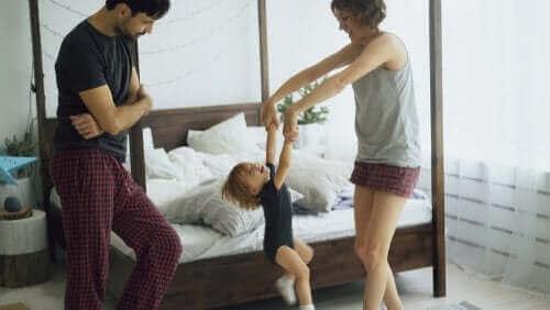 격리 동안 운동하고 춤추면서 에너지를 소비하자