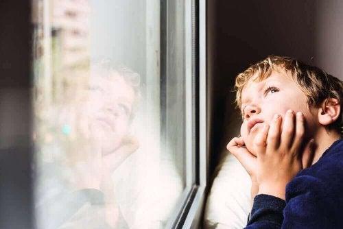 코로나 격리 상황이 어린이에게 미치는 영향