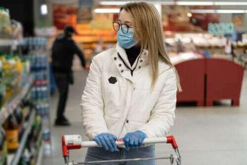 격리 중 쇼핑하는 팁: 마트에 도착했을 때 명심해야 할 사항