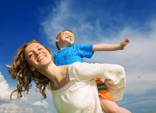 자녀와의 건강한 유대 관계: 어떻게 만들 수 있을까?