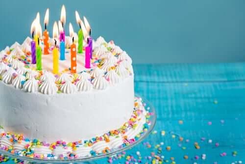 생일에 관한 재밌는 역사적 사실 5가지