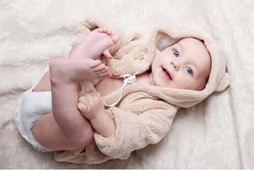 아기의 초기 신체 발달
