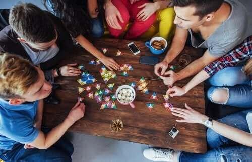 집중력 향상에 도움이 되는 보드 게임 5가지