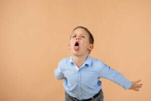 다른 사람을 모욕하는 아이를 효과적으로 다루는 법