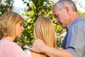 청소년 폭력: 청소년에게 무슨 일이 일어나고 있을까