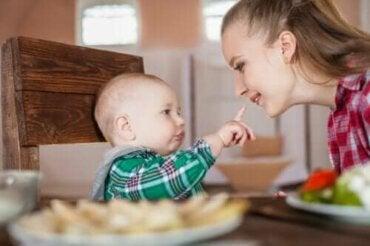 신생아의 반사 신경