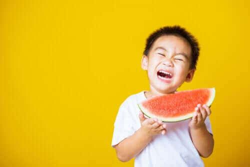 아이가 먹는 동안 질식할까 두려워하는 경우