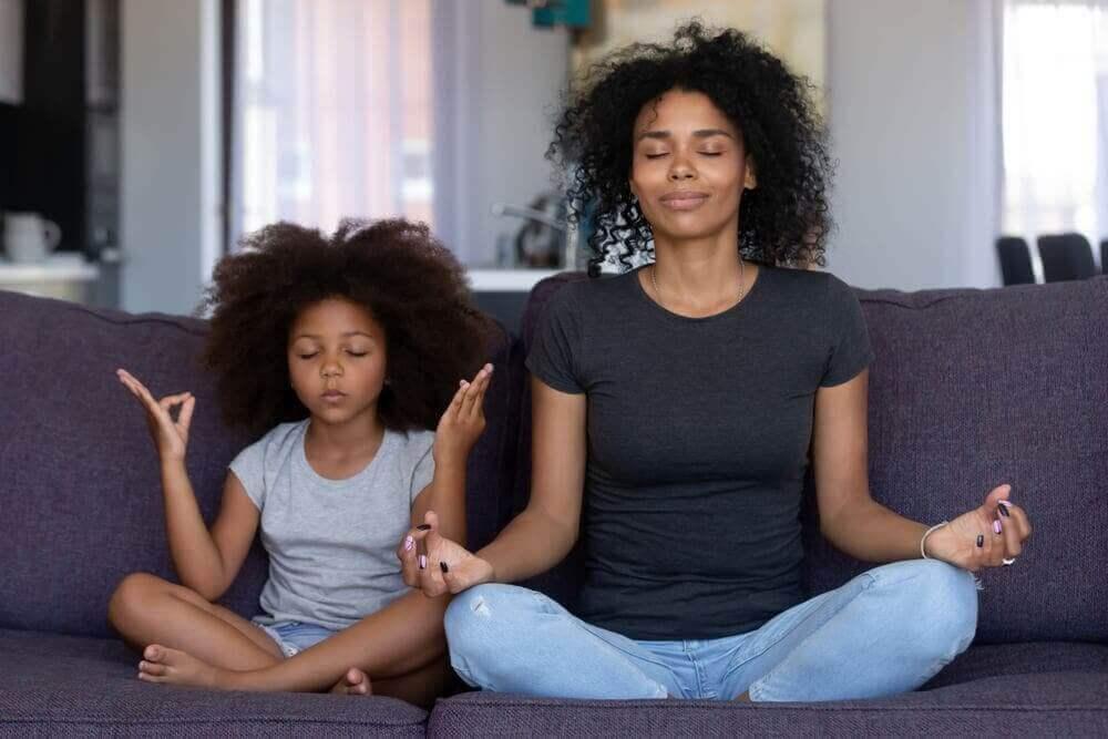 온 가족을 위한 마음챙김 및 명상 활동