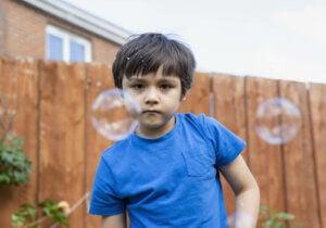 안절부절못하는 아이들을 위한 더 많은 감각 활동과 공예