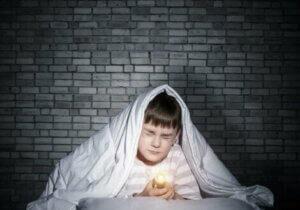 아이의 공포증을 파악하고 악화를 예방하는 방법