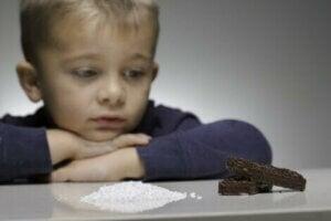 인공 감미료를 섭취하는 아이들