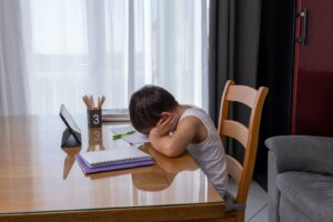 정신적 피로가 아이들에게 미치는 영향