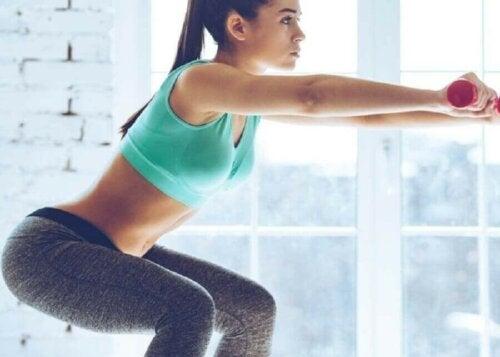 다리를 강화하는 운동