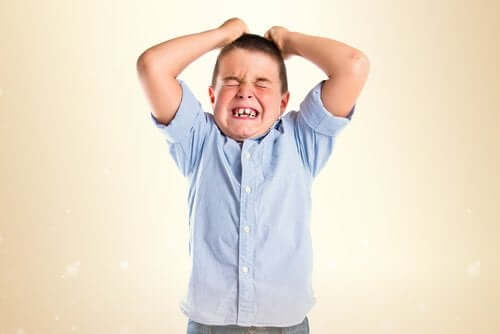 지나치게 엄격한 부모: 이로 인한 문제와 결과