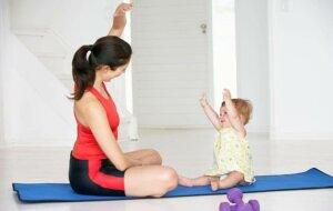 아기를 위한 요가의 4가지 이점