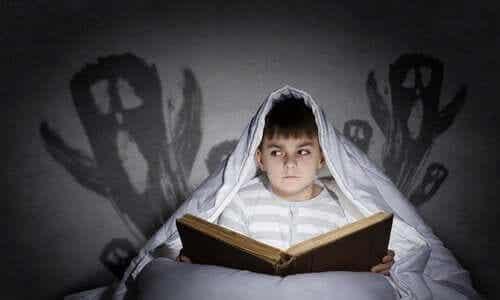 어린 시절의 두려움을 극복하는 방법