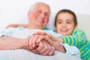 알츠하이머병을 아이들에게 설명하는 방법
