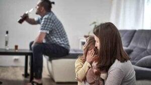 알코올 중독 부모님 밑에서 자란 아이들: 침묵의 피해자